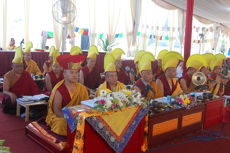 Anzin Rinpoche lead the puja