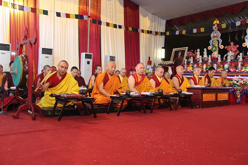 sangha do the puja 2
