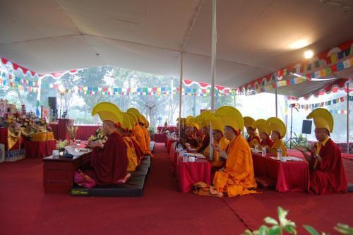 Sangha join the Kagyu Monlam