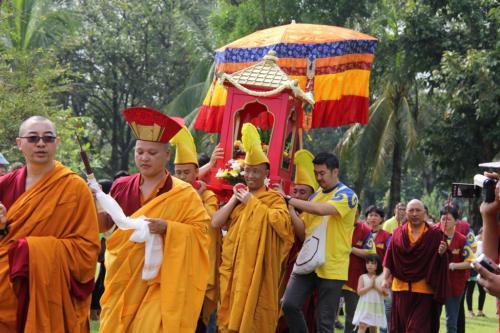 First Karmapa's statue procession on celebrating 900 years  Karmapa